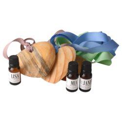 Deluxe-wooden-scented-heart-on-ribbon-11ml-fragrance-oil-white-gift-bag