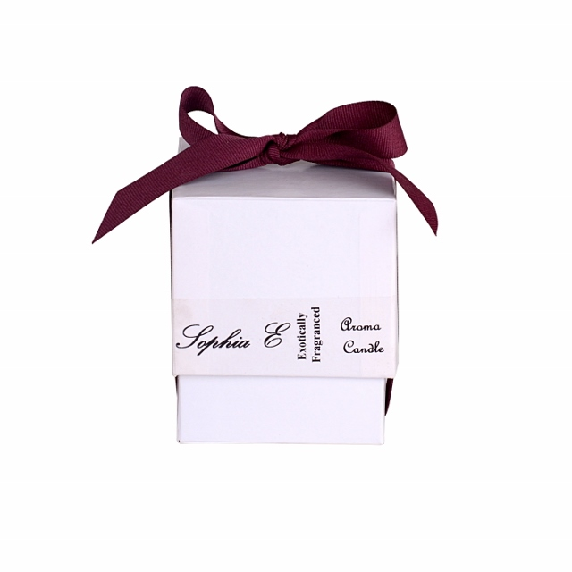 Sophia E aroma candle in frosted glass in a white gift box