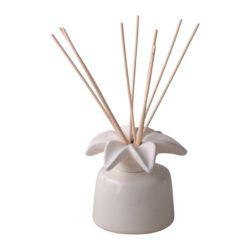 Sophia-E-reed-diffuser-ceramic-holder-and-lily-flower-100ml-gift
