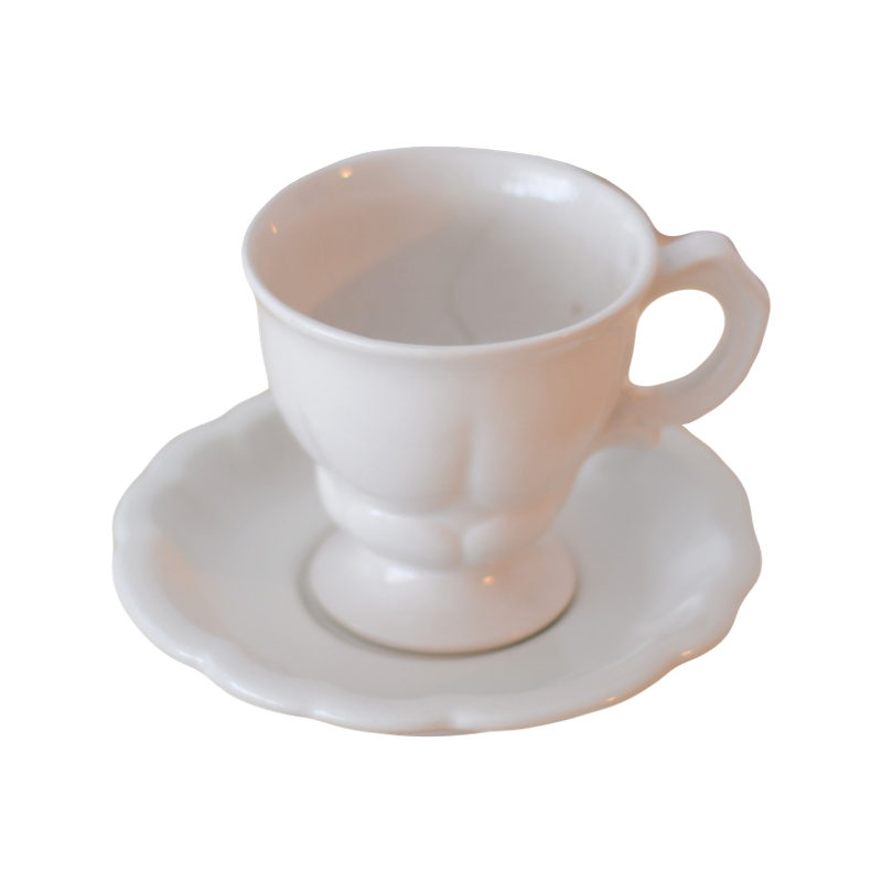 Ceramic cup and saucer - H +- 95mm, D +-150mm 1