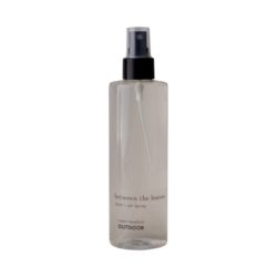 between the leaves room and air insect spray plastic bottle 250ml - OUTDOOR